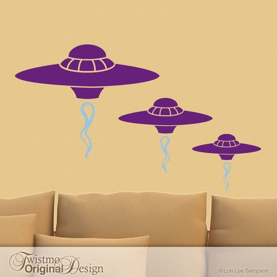 UFO Geeky Gift, Geekery Wall Decor Flying Saucers Outer Space Wall Decals, Alien Invasion Spaceships (00169d1v)
