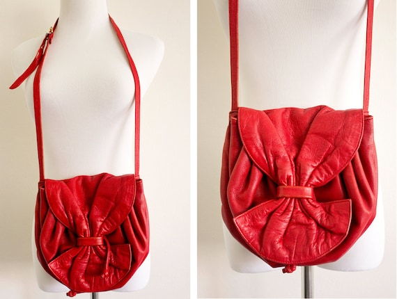 MOVING SALE 50% off- Vintage 80s Red Bow Leather Purse