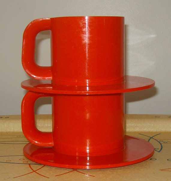 VIGNELLI shorty MAX MUG 2 set of two with Saucers