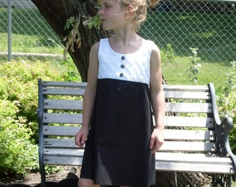 Retro Little Girls Pin Tucked Black and White A-Line Dress, Size 4, 5, 6