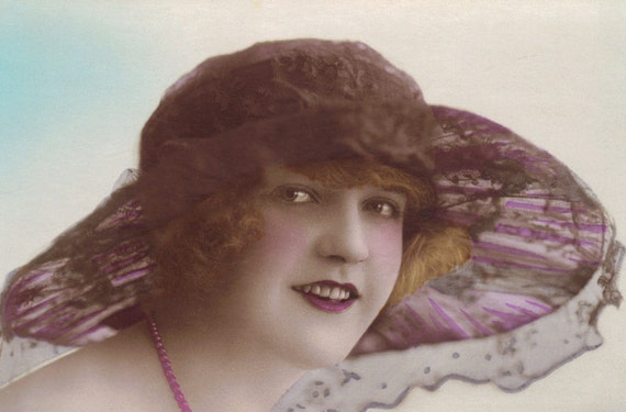 1920s Lady in Hat and Pink Pearl Necklace
