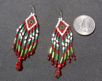 Christmas red green beaded earrings