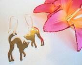 Silver cat earrings - Feisty kitten earrings - simple metal cat dangle earrings