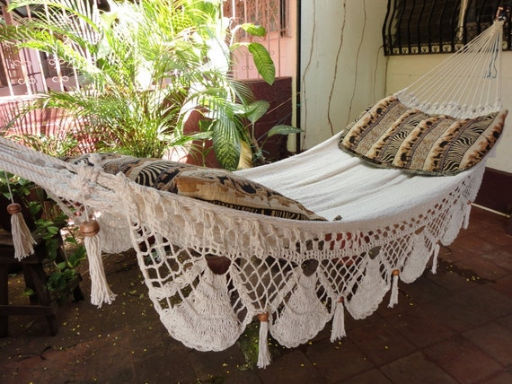 Beige Jumbo Size Hammock hand-woven Natural Cotton Special Fringe