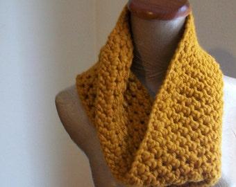 butternut chunky cowl- crochet neckwarmer