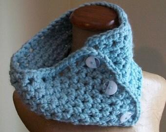 baby blue chunky cowl- crochet neckwarmer // convertible scarf
