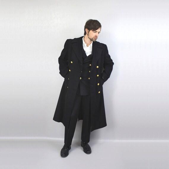 vintage 1940s officers coat / wool bridge coat peacoat / navy captains coat / nautical man