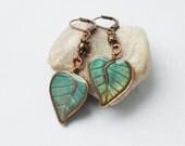 Green leaves earrings