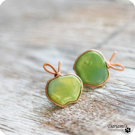 Post earrings - Green apples