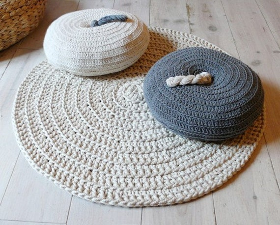 Round Pillow Crochet - Gray