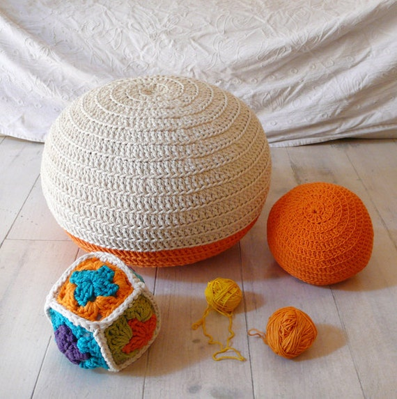 Pouf Crochet  small - ecru and orange