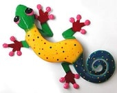 """Gecko Hand Painted Metal Wall Hanging - Handcrafted in Haiti - Tropical Design -  30"""" Handcrafted Decorative Home Decor - RXL-106-GY"""