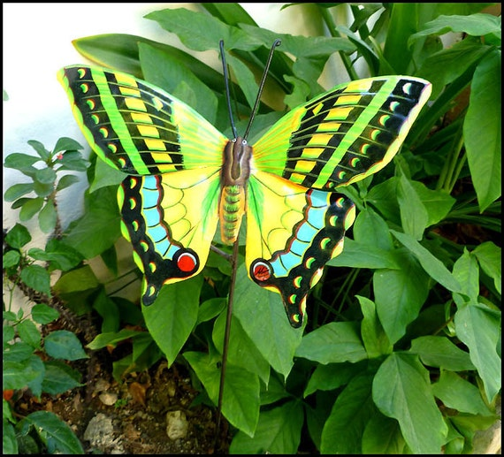 Butterfly plant stake outdoor metal garden decor butterfly for Outdoor butterfly decor