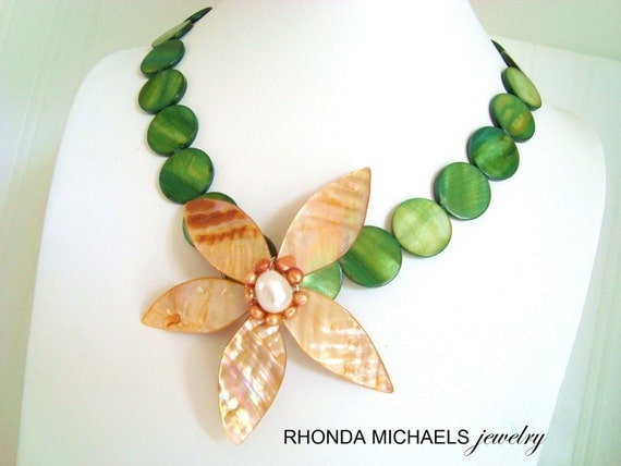 ON SALE ON Sale Peach Petal and Forest Green- Bloom Style Necklace