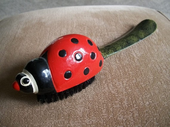 LADY BUG  Shoe horn and brush CUTE