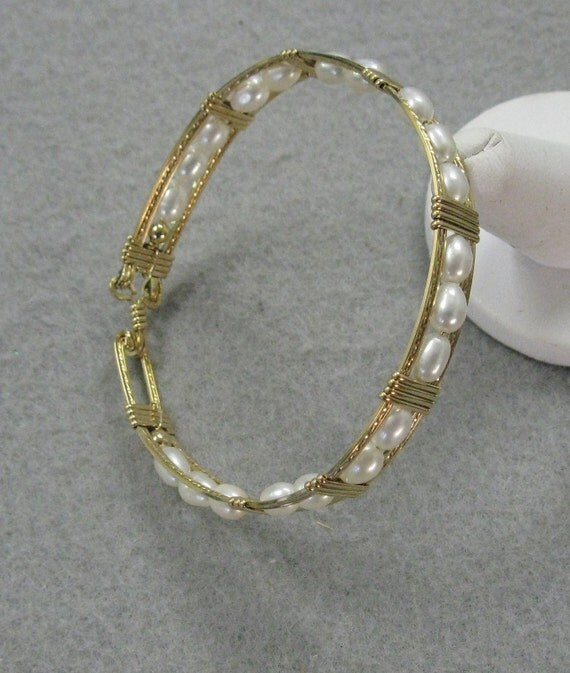 Fresh Water Pearl and Goldfill 8 inch Bracelet