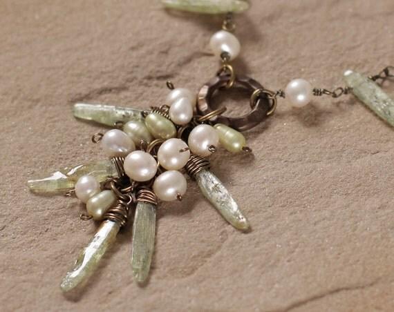 Fresh necklace: pearl, green kyanite sticks and Vintaj brass
