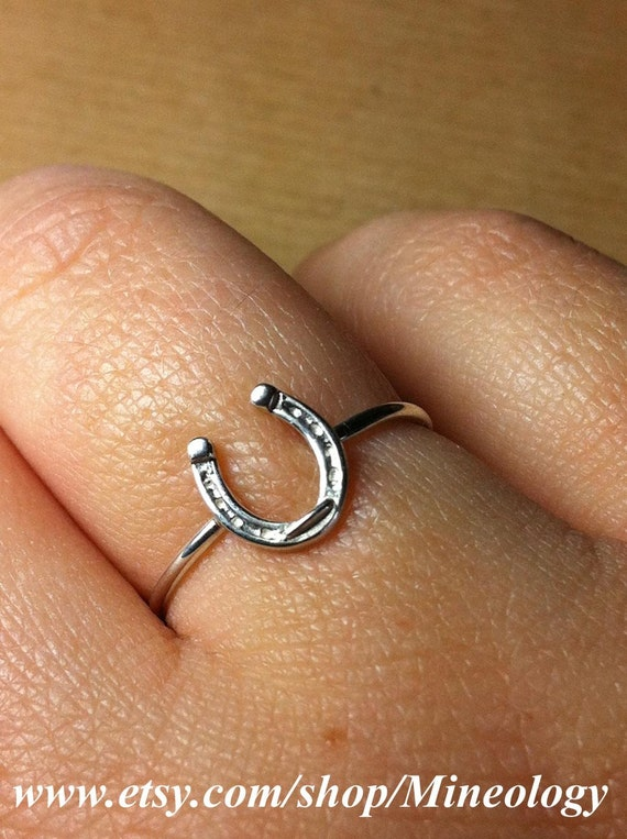 Horseshoe Ring Sterling Silver Size 7.0