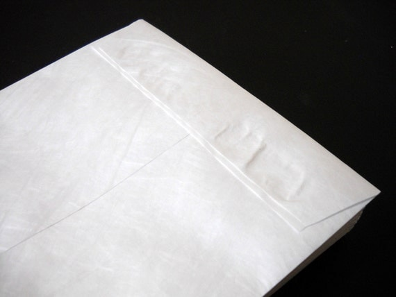 Large White Tyvek Envelopes Peel and Stick Flap Great for Mailing