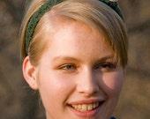 Stylish Cable Knit Headband: The Laura Ingalls Wilder