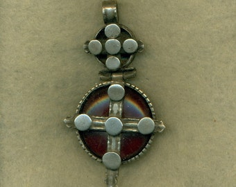 Vintage Cross Pendant Handmade Red Center   (VP-108)
