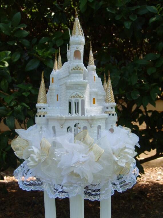 MARISSAS Cinderellas Castle Cake Topper Or