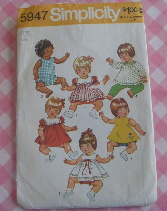 Vintage 1973 Simplicity Pattern..5947..Wardrobe for Vinyl Body Baby Dolls..Size Large (18-20 Inches)
