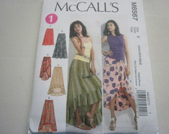 Pattern Ladies Skirts 5 Styles Sizes 4 to 14 McCalls 6567