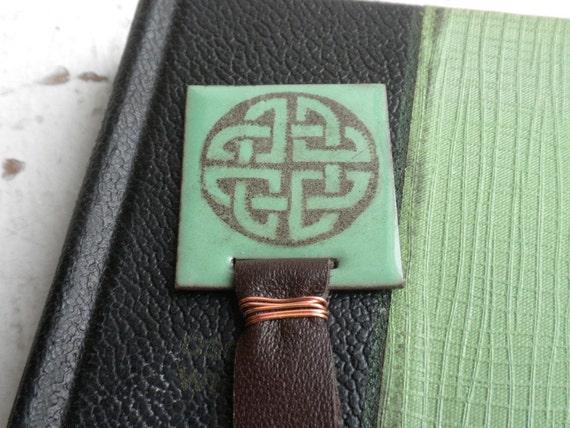 Celtic Circle Knotwork Bookmark