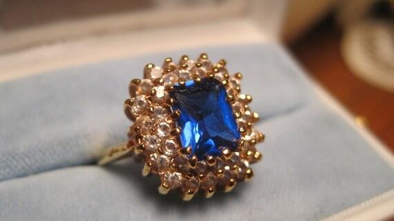 Convo 10percent Off Vintage 18KT GE Lind Blue Sapphire Emerald Cut CZ White CZ Stones prong set high lift Setting