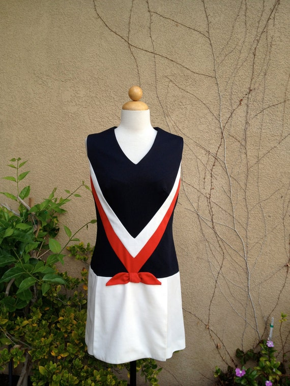 A vintage 1950s 1960 handmade blue red white nautical sleeveless day shift shorts dress size S M