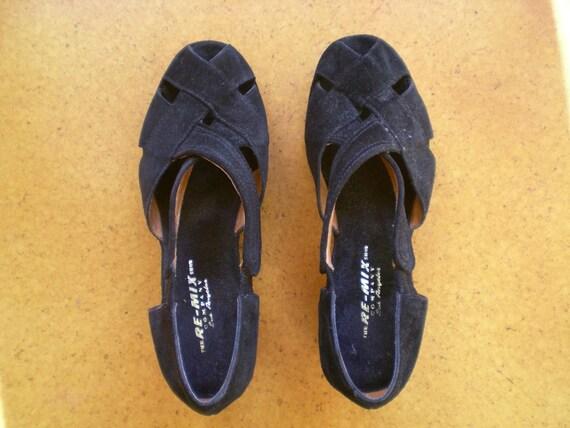 vintage black suede PLATFORM shoes WEDGES sandals NEW size 8