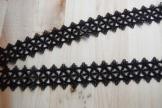 3.5cm black venice lace -- star