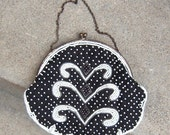 Vintage 1920's Beaded  Frame Purse