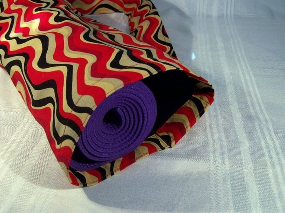 Yoga Mat Carrier - Wavy Red/Black/Brown Stripe