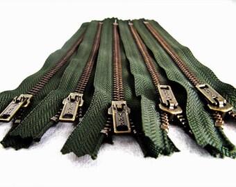 7inch - Forest Green Metal Zipper - Brass Teeth - 5pcs