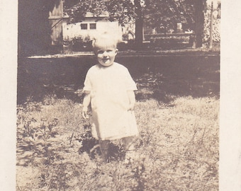 Vintage Photo - Toddler in the Grass -  Vintage Photograph, Vernacular, Found Photo  (X)