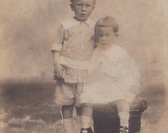 Vintage Photo - Siblings -  Vintage Photograph, Vernacular, Black and White, Found Photo (GG)
