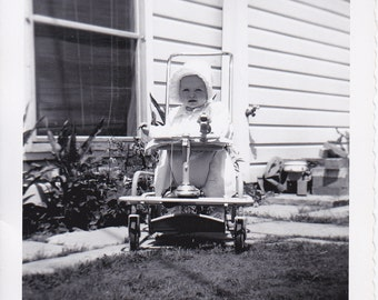 Little Girl in Stroller - Vintage Photograph, Vernacular, Ephemera (LL)