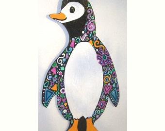 Penguin on wood