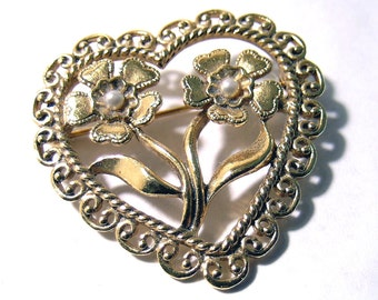 Heart Brooch Gold Tone Faux Pearl Brooch Gold Tone Lovely