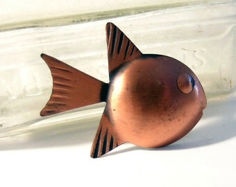 Fish Brooch Copper Tone