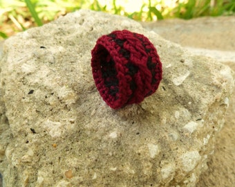 Scarlet and Black Crocheted Cable Ring Size 7-8