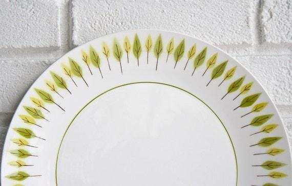 Mid Century Modern Leaf Plate