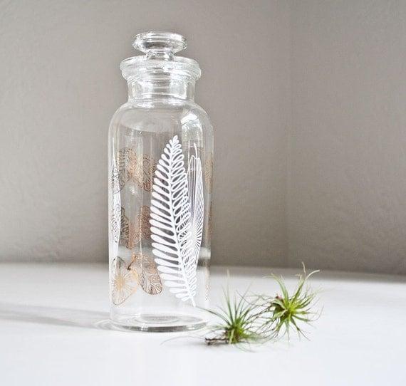 Vintage Mid Century Glass Apothecary Leaf Jar