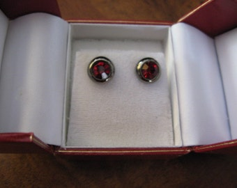 Red and Oxidized Silver Earrings - E -