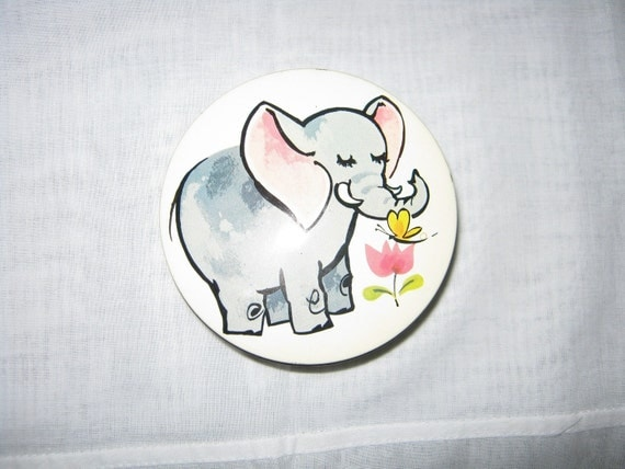 Reserved Please Do Not Bid/Elephant Tin Made in ENGLAND  //SALE// By Gatormom13