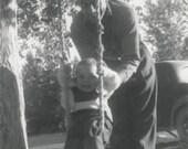 Tree Swing 1940s Original Vintage Photo 901