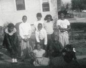 A Happy Group Original Vintage Photo 909