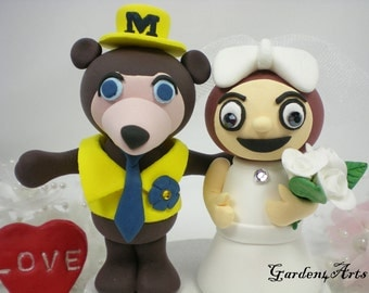 Custom Wedding Cake Topper--Love Michigan & Ohio Mascot with circle clear base